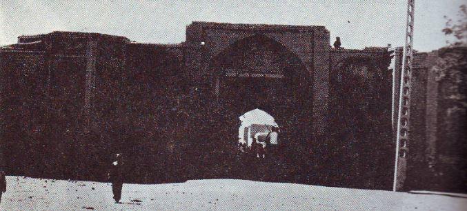 سردر قلعه ورودی سلطان آباد